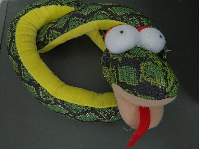 Сшить змею  из ткани 136